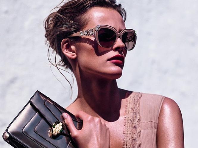 Фото №1 - Звездный выбор: солнцезащитные очки Bulgari