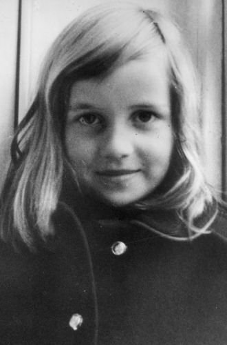 Фото №2 - Легендарная стрижка принцессы Дианы: история одного из самых модных феноменов века