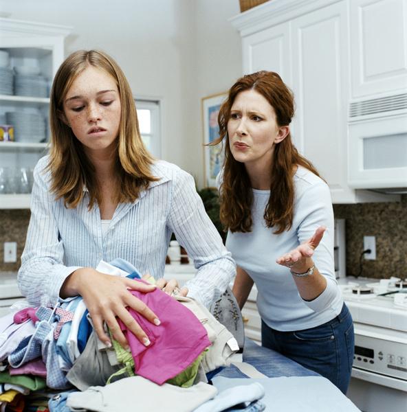 Фото №1 - Вопрос дня: Мы с мамой постоянно ссоримся. Что делать?