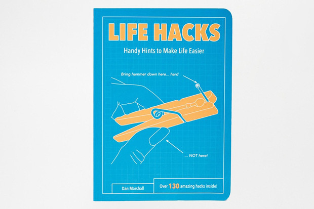 Книга Life Hacks Book, Asos, 1 000 руб.