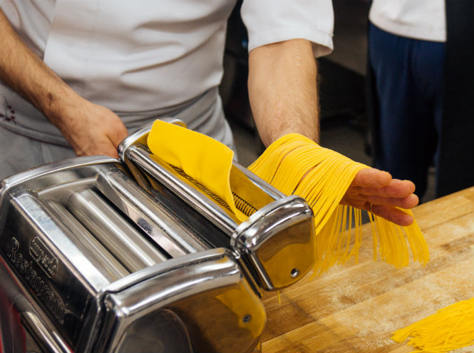 Фото №4 - Рецепт от шефа: секрет сицилийской пасты с креветками