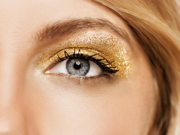 Фото №2 - Советы визажиста: как подобрать тени под цвет глаз и тон кожи
