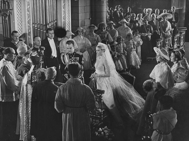 Фото №3 - Деньги раздора: почему свадьба Грейс Келли и князя Ренье III могла не состояться