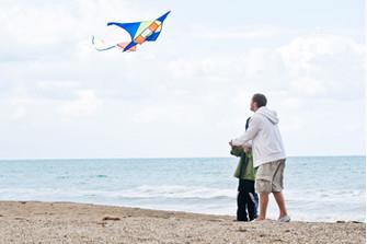 Не захвалить и при этом дать ребенку необходимые поддержку и одобрение: родителям важно найти этот баланс