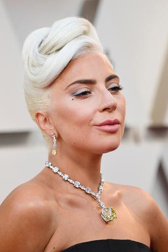 Фото №2 - «Оскар-2019»: лучшие и худшие платья звезд