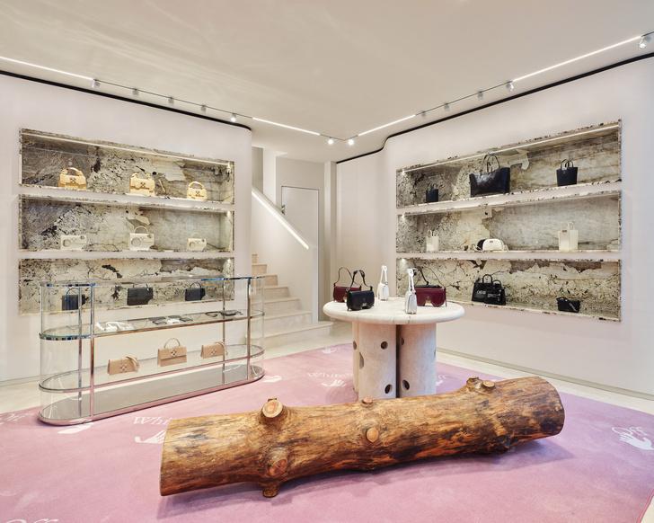 Фото №1 - Первый бутик Off-White в Милане