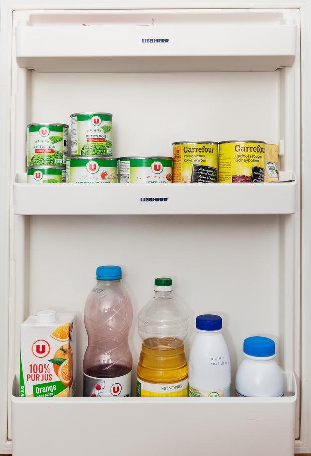 Фото №27 - Что лежит в холодильнике у жителей разных стран: 54 любознательных фото