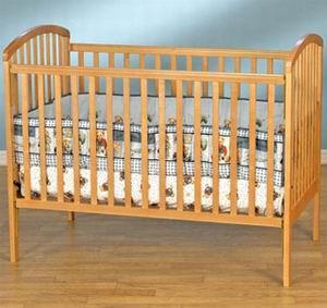 Фото №1 - Китайские кроватки душат американских детей
