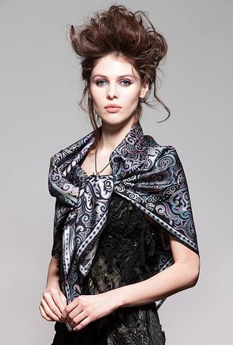 Фото №8 - Sirinbird: сказочные русские платки, популярные не только в России