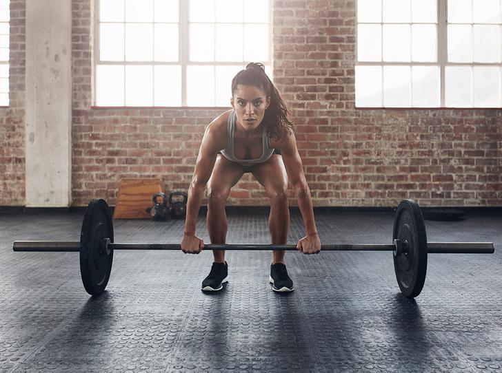 Фото №2 - Силовые тренировки для женщин: мифы об огромных мышцах и правда о здоровье