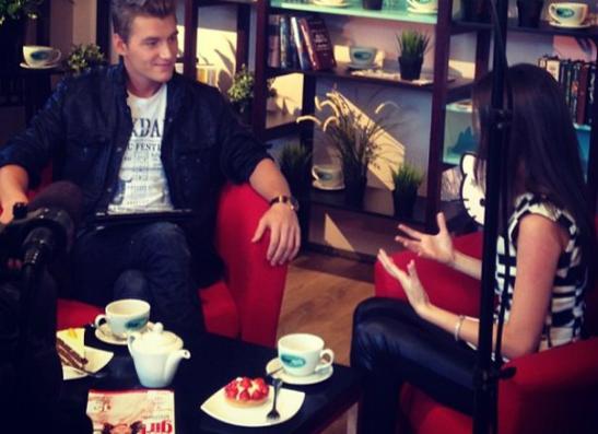 Фото №1 - Teen TV запустил новую программу «Воробьев-live»