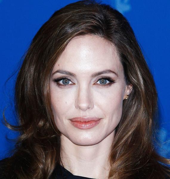 Фото №4 - Все ее трещинки: как на самом деле выглядит вблизи Анджелина Джоли
