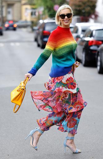 Фото №20 - Чем еще заменить цветочный принт в гардеробе: 6 идей от стилиста