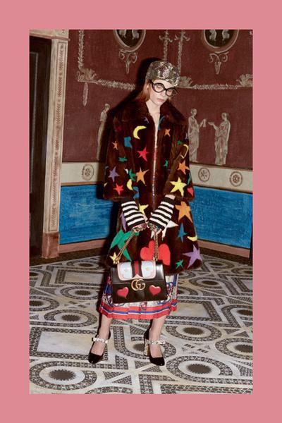 Фото №4 - Тенденция осени: пальто из меха с принтом