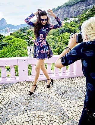 Фото №3 - Адриана Лима снялась в рекламной кампании Vogue Eyewear