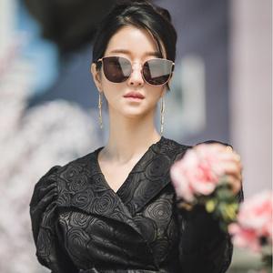 Фото №2 - «Не прикасайся к ней»: cкандальный роман Cо Е Чжи и Ким Чжон Хёна 💔
