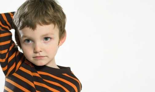 Фото №1 - Петербургские дети стали в три раза чаще звонить на «телефон доверия»