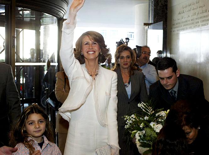 Фото №5 - Из «сирийской Дианы» в «Первую леди из ада»: история Асмы Асад