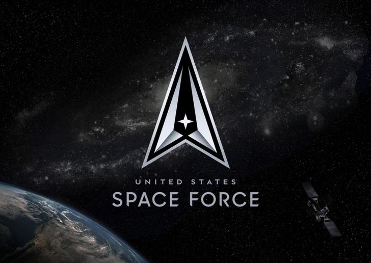 Фото №3 - Космические силы США заподозрены в краже эмблемы из сериала Star Trek. Военные оправдываются, что придумали ее первыми