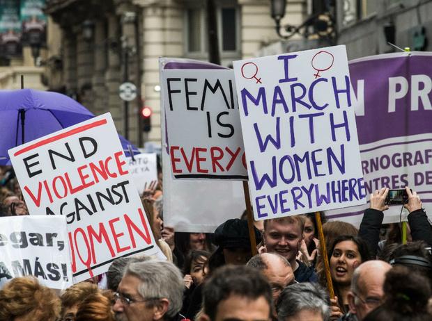 Фото №9 - «Ты женщина, ты должна»: как патриархальные стереотипы ломают нам жизнь