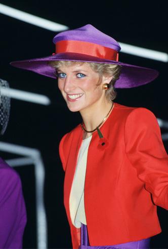 Фото №6 - Самое модное цветовое сочетание сезона из гардероба Дианы (которое взяла на заметку герцогиня Меган)