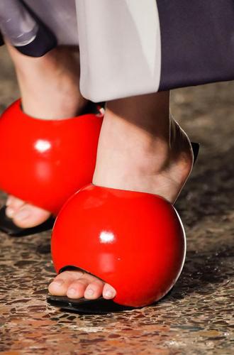 Фото №101 - Самая модная обувь сезона осень-зима 16/17, часть 2