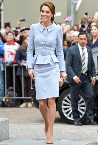 Фото №9 - Десять лет во дворце: как Кейт Миддлтон навсегда изменила королевский стиль