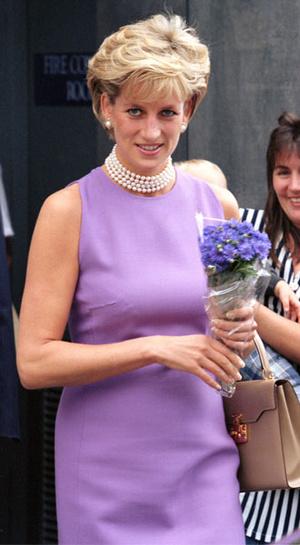 Фото №5 - Как принцесса Диана одевалась в 90-е годы