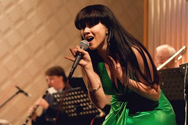 Фото №1 - Певица из Ульяновска вышла в финал шоу «Главная сцена»