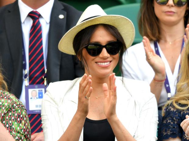 Фото №1 - Герцогиня Меган поддержала Серену Уильямс на Уимблдоне