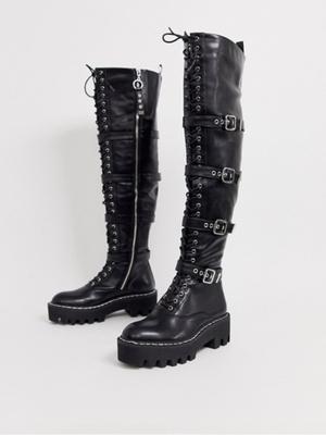 Фото №2 - В тренде: какую обувь носить осенью 2020