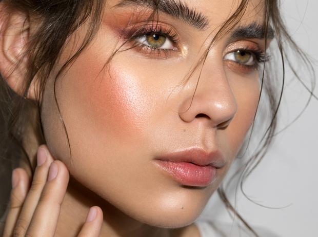Фото №3 - 6 золотых правил макияжа для собеседования (чтобы пройти его)