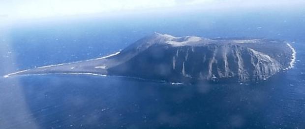 Фото №1 - Сюртсей— самый молодой остров на планете, за которым постоянно следят ученые