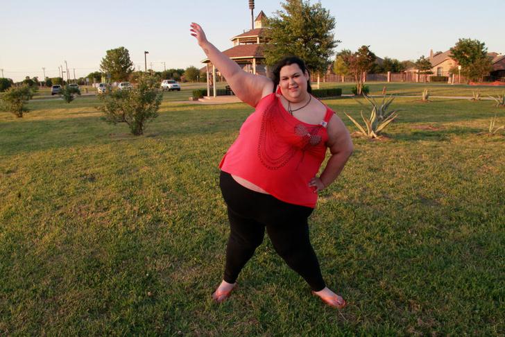 Фото №2 - 300-килограммовая мать едва не погубила дочь из-за своего веса