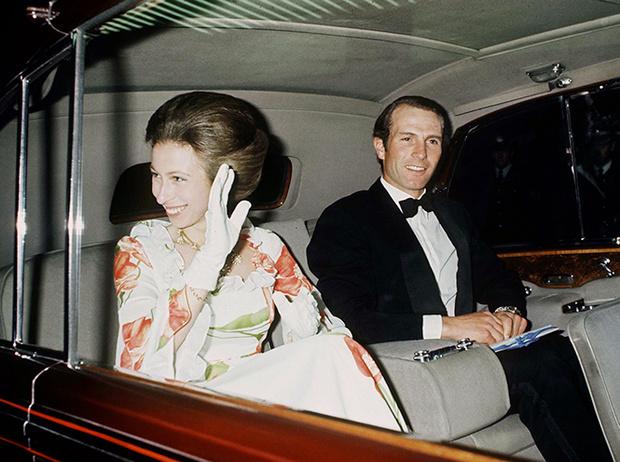 Фото №4 - Убить монарха: самые громкие покушения на британскую королевскую семью