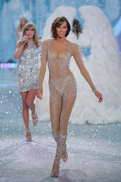 Карли Клосс (Karlie Kloss), Victoria's Secret
