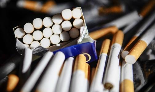 Фото №1 - Пачки сигарет в России могут стать одинаковыми
