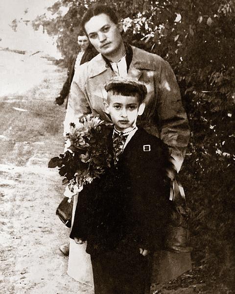 - 1 сентября 1961 года мама отвела меня в 1-й класс. С тех пор прошло 58 лет.