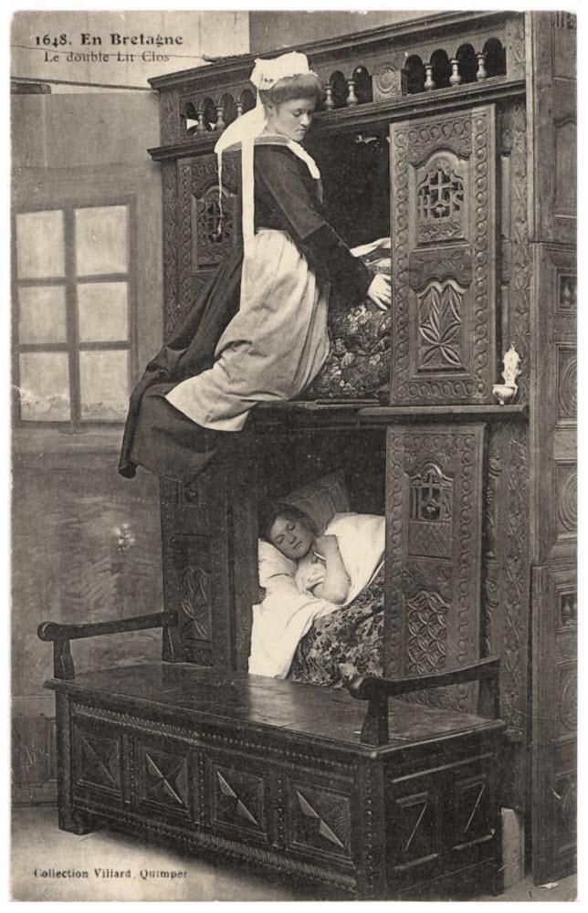 Фото №2 - Открытие дня: средневековые люди спали в кроватях-коробках