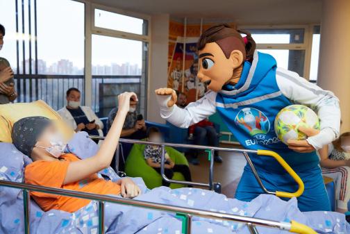 Здравствуй доктор, Новый год! В петербургских больницах готовятся к празднику