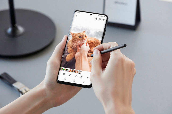 Фото №7 - Главные премьеры 2021 года: cмартфоны с суперкамерой в 108Мп и 100-кратным зумом от Samsung