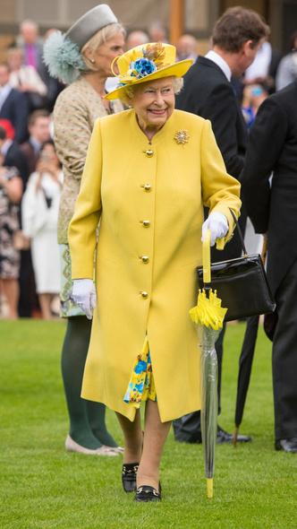 Фото №4 - Модная привычка, которую Кейт пришлось перенять у Королевы