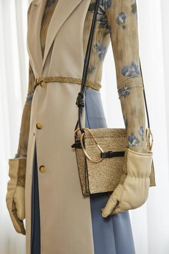 Фото №5 - Самые модные сумки осени и зимы 2021/22