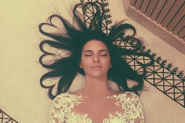 Фото №1 - Кендалл Дженнер побила рекорд Ким Кардашьян в Instagram