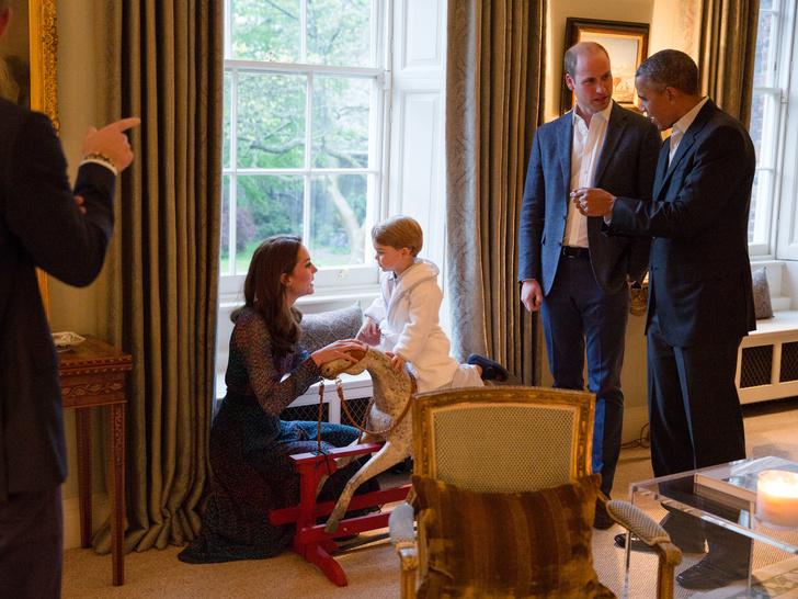 Фото №4 - Презент для будущего короля: самые дорогие и странные подарки, которые получал принц Джордж