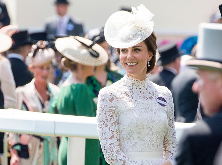 Фото №3 - Чья шляпа лучше: герцогиня Кембриджская и другие на Royal Ascot 2017