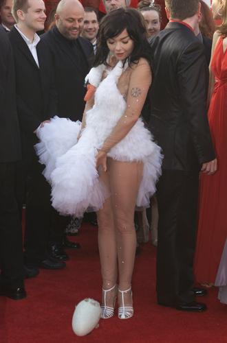 Фото №20 - Легенды «Оскара»: самые известные платья в истории премии