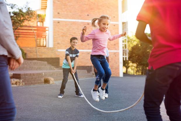 Ребенок не играет с детьми в детском саду советы психолога