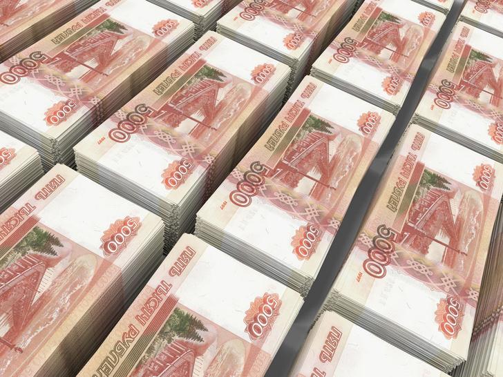 Фото №1 - Статистика: половина тех, кто взял в России кредит, отдают за него больше половины дохода