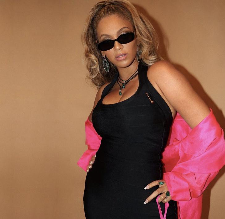 Фото №3 - МЧП + туфли на огромной розовой платформе: Бейонсе танцует в клубе своего мужа